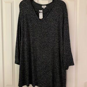 Avenue Black and Grey top